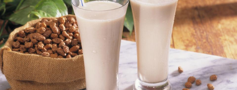 Tiger nuts and tiger nut milk, a great nondairy alternative.